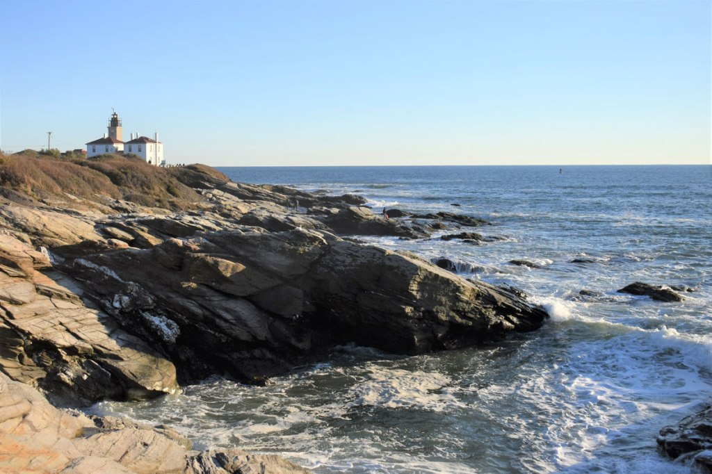 Image of Beavertail Shoreline view