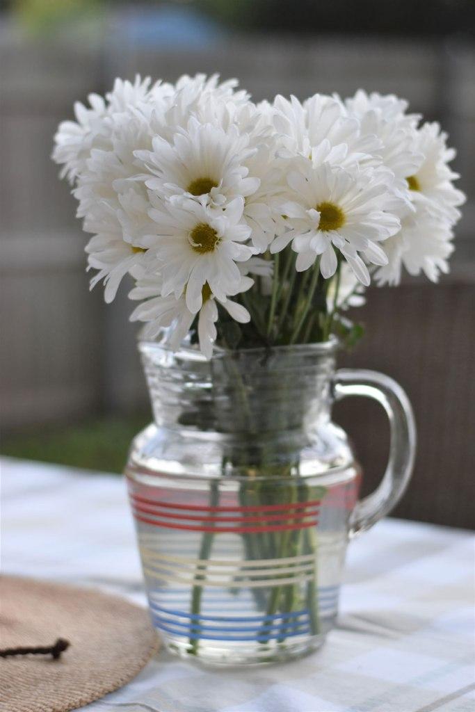 Image of Vase Daisies